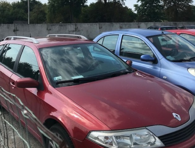 Четверо українців приховали від волинських митників справжню ціну авто на «литовцях»