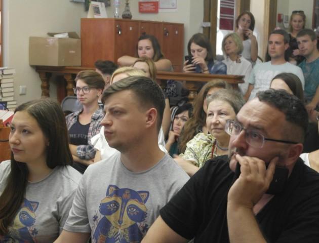 БуБаБу, Забужко, Жадан: у Луцьку поговорили про постмодернізм