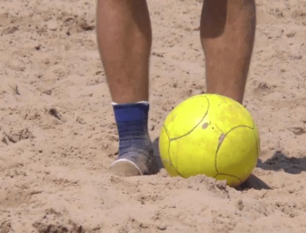 На березі Світязю змагалися у пляжному футболі. ВІДЕО