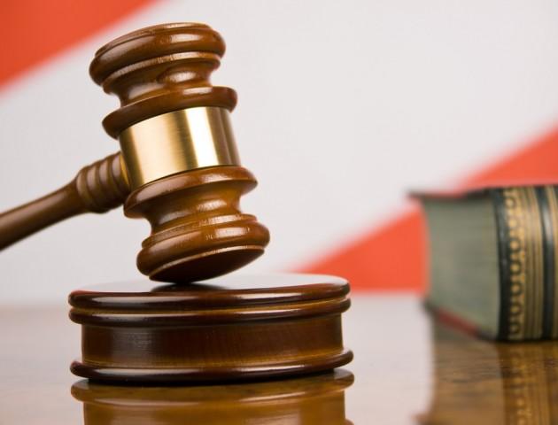 Суд вдруге відпустив брата-адвоката голови суду, якого підозрюють у хабарництві