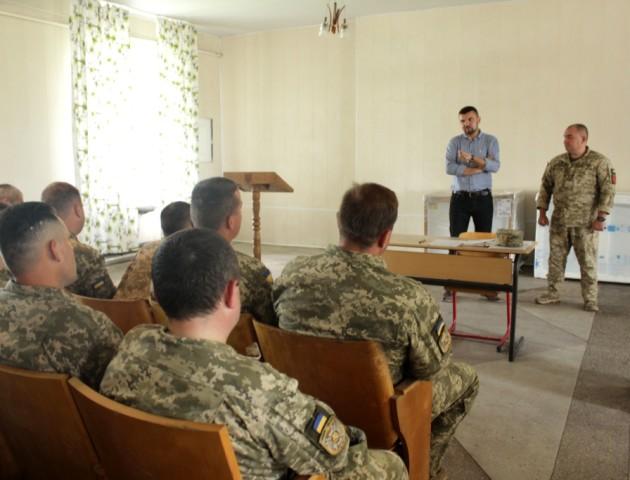 Зенітно-ракетному полку у Володимирі передали холодильник для ООС