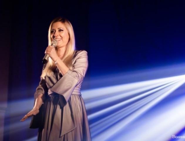 Тоня Матвієнко виступила із концертом у селі біля Луцька. ФОТО