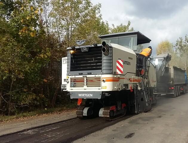 На Волині ремонтують дорогу в районі Цуманського перехрестя