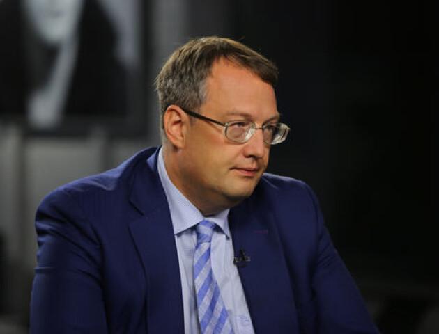 Через заручників до Луцька летить Аваков, - заступник  міністра МВС Антон Геращенко