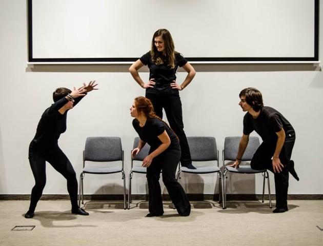 Перфоманс плейбек-театру «ВСІ СВОЇ» - прийди та поділись власною історією