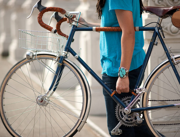 У Володимирі викрали велосипед з-під стіни магазину