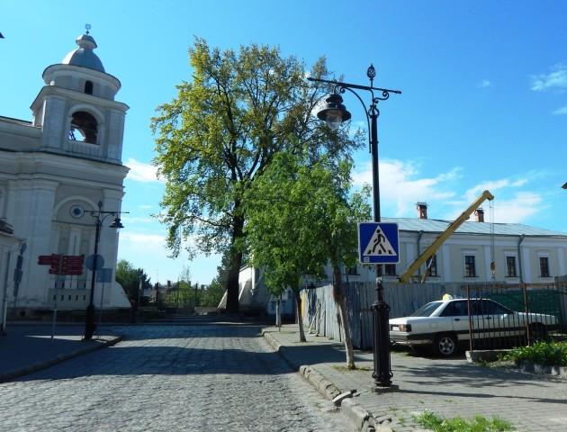 «Народний контроль» знову зупинив скандальне будівництво у Луцьку