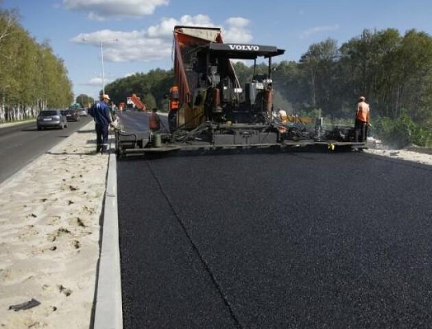 В Україні обіцяють виділити рекордну суму на ремонт доріг