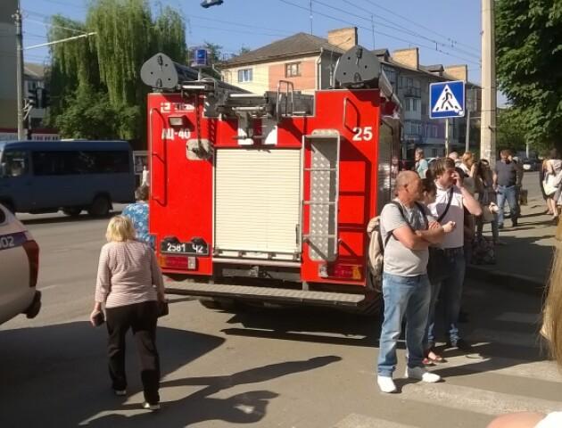 У Луцьку продовжують тероризувати правоохоронців. «Замінували» обласну лікарню і ЦНАП (оновлено)