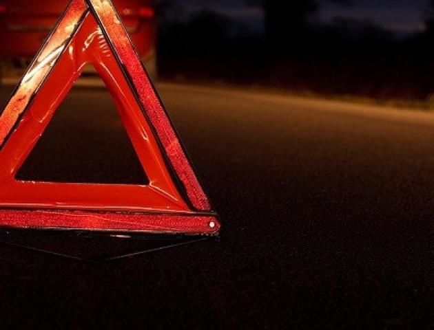 Біля Луцька вантажівка на смерть збила жінку