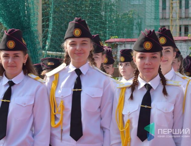 У волинському військовому ліцеї дівчат більше, ніж хлопців. ВІДЕО