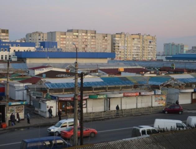 Опублікували відео, як підпалювали Варшавський ринок у Луцьку. ФОТО. ВІДЕО