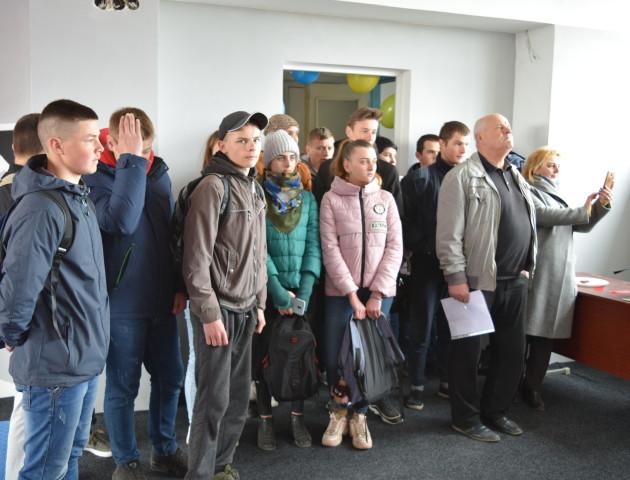 У селі Холопичі відкрили новий тренажерний зал. ФОТО
