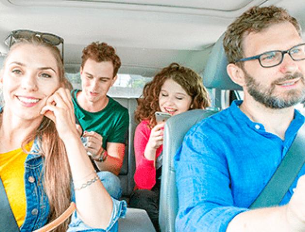 Депутат Луцької райради підробляє віп-перевізником на BlaBlaCar. ВІДЕО