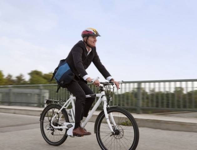 Уляна Супрун дала поради, як безпечно кататися на велосипеді