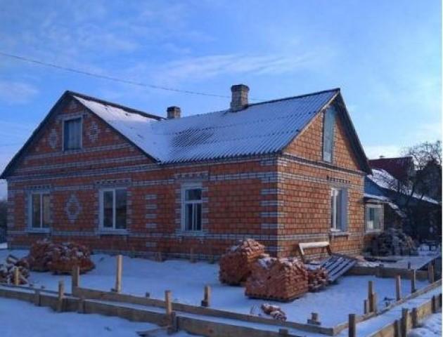 У селі на Волині ремонтують амбулаторію