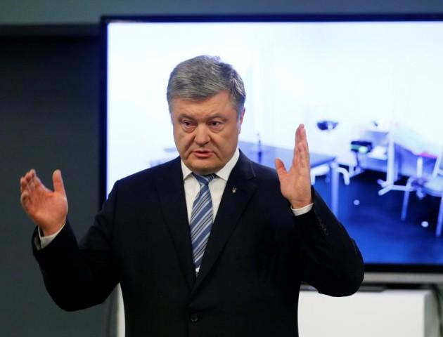 Порошенко оголосив, коли і де чекає Зеленського на дебати