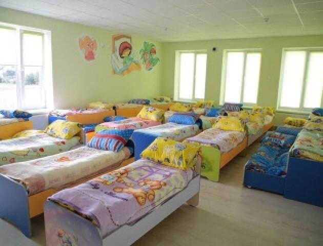 Вихователям дитсадків збільшать зарплати від 8 до 11 тисяч – МОН