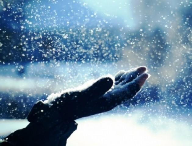 Сніг і мороз до -10: якою буде погода на вихідних