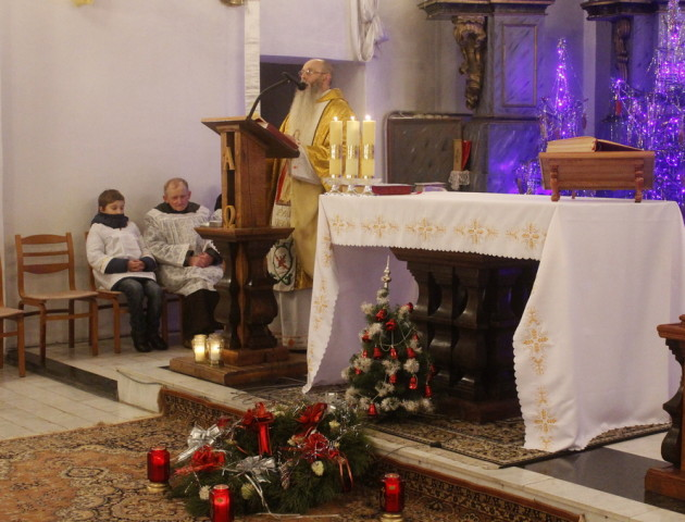 У костелі Володимира відслужили різдвяну месу. ФОТО