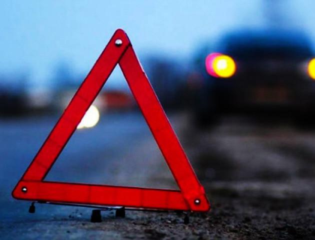 На Волині легковик «Audi A4» злетів у кювет, травмувався водій