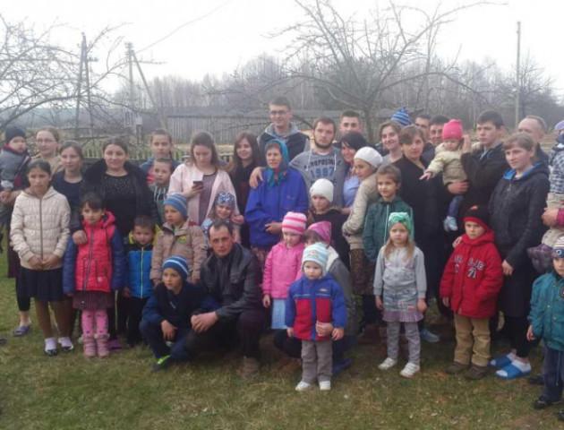 Велика родина: 68-річна волинянка вже має 60 онуків. ФОТО