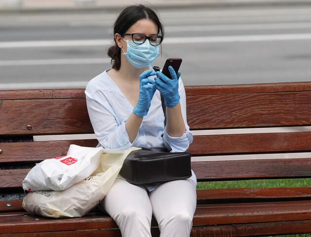Добова захворюваність на COVID-19 знову б'є рекорди світу