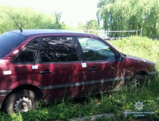 На Волині виявили два автомобілі з підробними документами. ФОТО