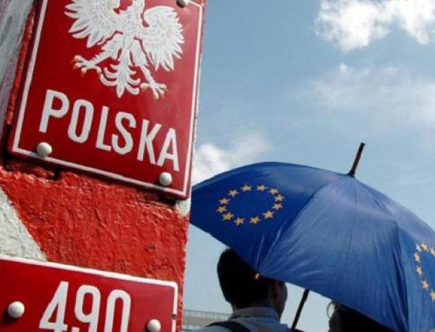 Робота у Польщі: ким працюють та скільки заробляють українці