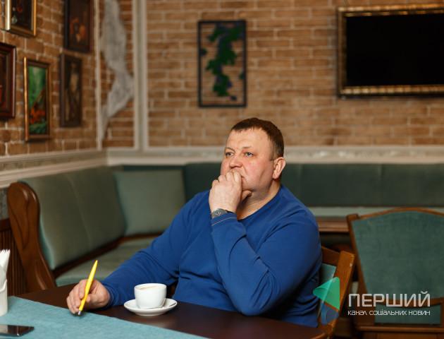 Депутат Луцькради Сергій Шкода вітає лучанок зі святом 8 березня
