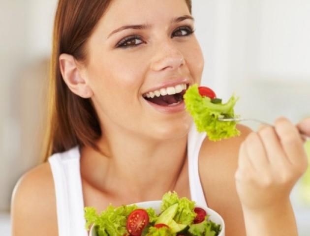 Їжа для молодої шкіри: у Луцьку розкажуть, які продукти прискорюють старіння