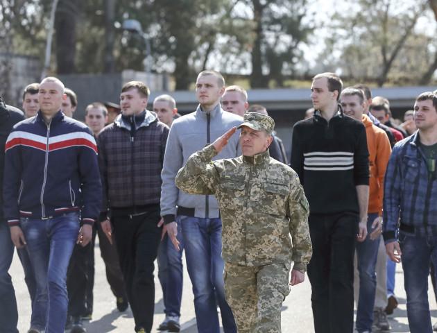 У Луцьку призов у військо продовжать на місяць, аби розшукати всіх ухилянтів