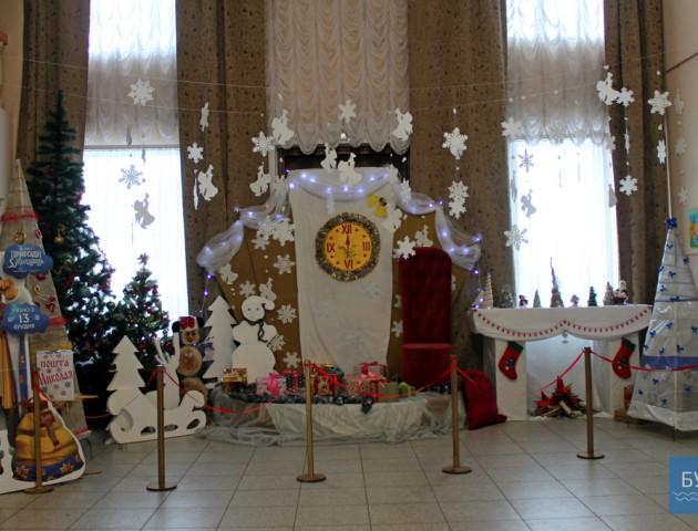 У Володимирі-Волинському з'явилася резиденція Діда Мороза. ФОТО