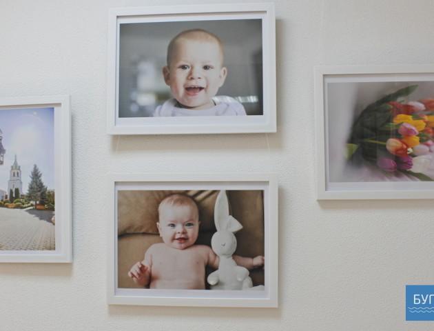 Портрети та дитячі емоції: У Володимирі відкрили виставку «Фіглі-Міглі». ФОТО