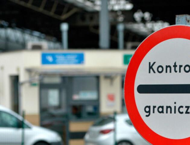 У Польщі змінили правила в'їзду для іноземців через Covid-19