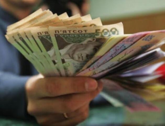 НБУ порахував, скільки готівки в середньому тримає кожен українець