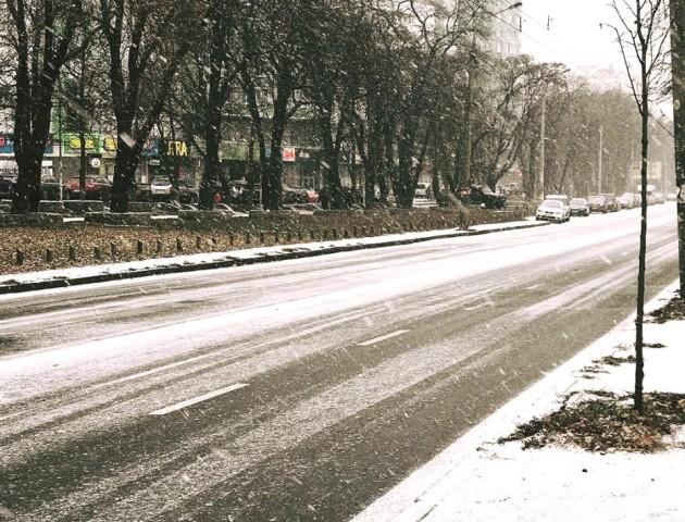 Київ замітає снігом. ФОТО