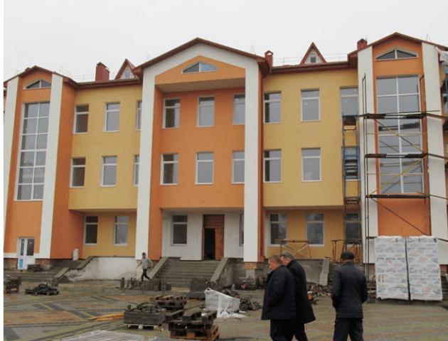 У селі на Волині будують школу. ФОТО