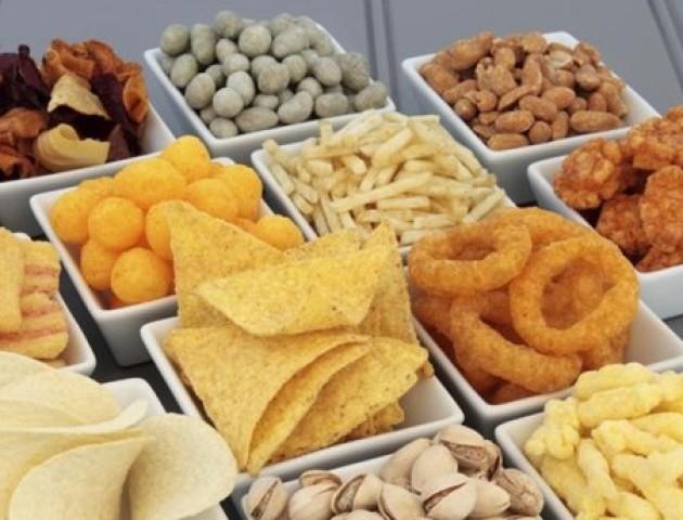 Вчені назвали продукти, які можуть спровокувати рак