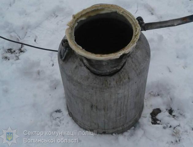 Покарали волинянку, яка у своєму домі зберігала 40 літрів браги. ФОТО