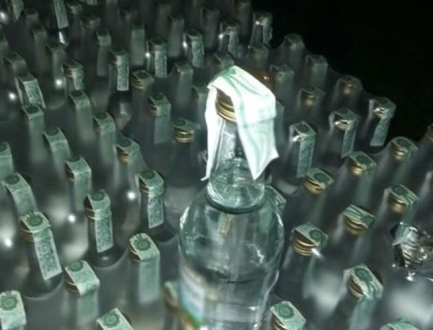 У Луцьку викрили цех з масового виробництва підробленої лікеро-горілчаної продукції