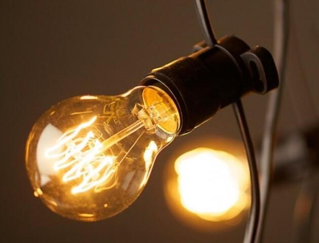 Лучани скаржаться на проблеми з електропостачанням