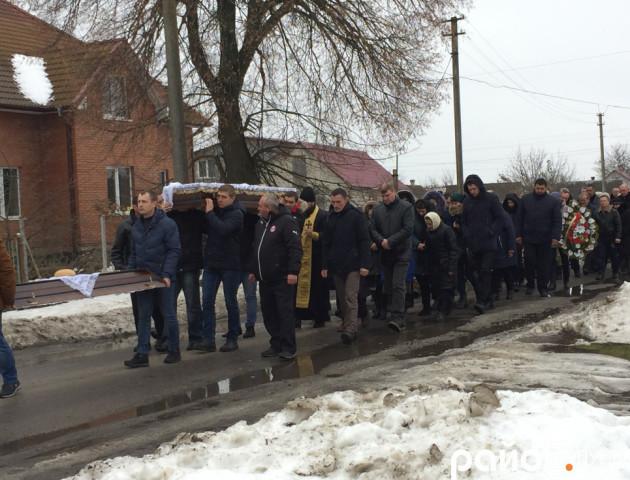 Волиняни провели в останню путь атовця Ігоря Скорубського. ФОТО