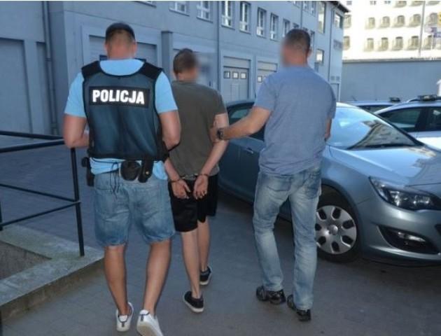 У Гданську українця арештували, бо п'яний їздив по пірсу