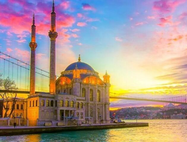 У Туреччині скасували початок туристичного сезону через коронавірус