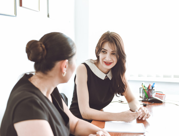 «Я - вимогливий вчитель, але працюю на результат»: Як учасниці «Пігмаліону» вивчали англійську. ФОТО