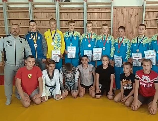 Вихованці СК «Воїн» привезли нагороди з двох чемпіонатів. ВІДЕО