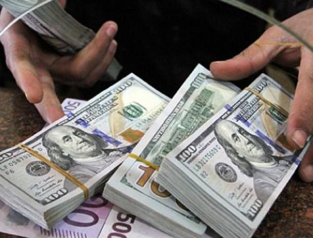Курс валют на 8 серпня: долар значно здешевшав