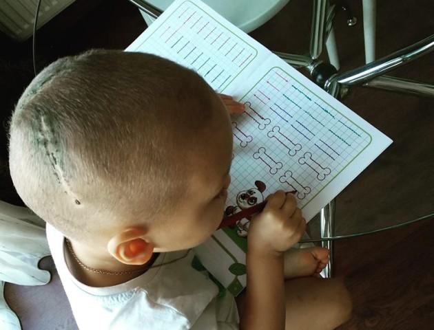 Мама онкохворого волинянина просить молитви: хлопчик у реанімації