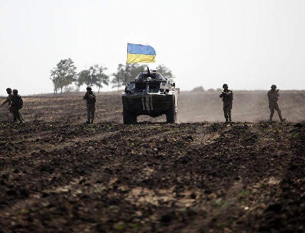 За добу в зоні АТО поранено 4 українських військових